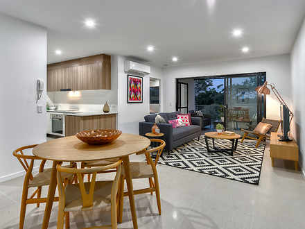 House - 9/49 Northcliffe St...
