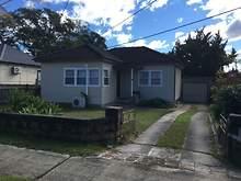 House - 267 River Avenue, C...