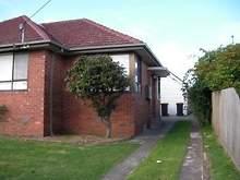 House - ROOM 5/70 Kanooka G...