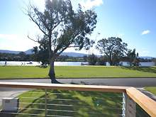 House - 10 Riverview Road, ...
