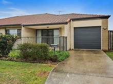 Unit - Currawong Street, Lo...