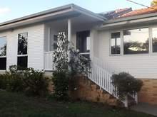 House - 3 Dumaurier Street,...