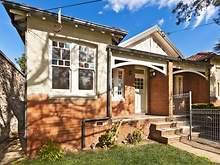 House - 9 Queen Street, Pet...