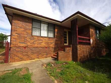 House - 4 Mcardle Street, E...