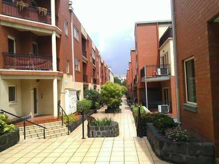 Apartment - 10/2 Howlett St...