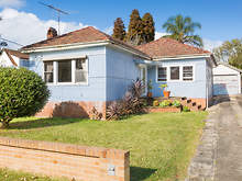 House - 2 Alfred Avenue, Cr...
