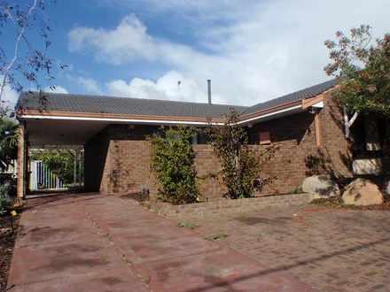 House - 18 Cliff Street, Ma...