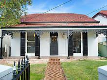 House - 18 Hastings Street,...