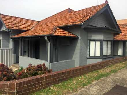 House - 28 Princes Highway,...
