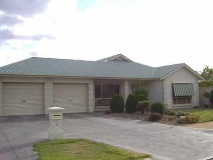 House - 6 Fisher Drive, Ber...