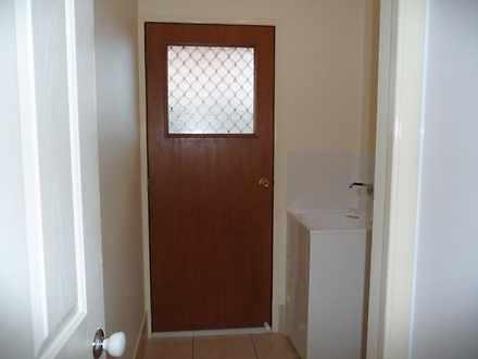 B148d0f2342cf19b5100a2b7 5498 laundry 1588230906 thumbnail