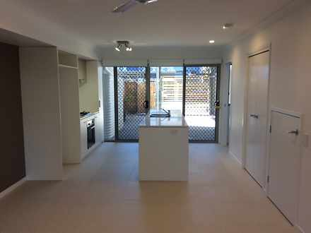 Townhouse - Coopers Plains ...