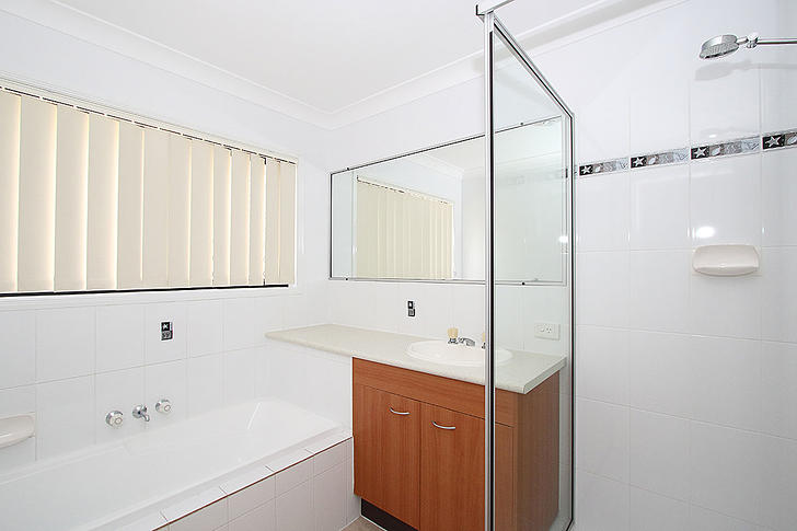 4401 mainbathroom 1473903729 primary