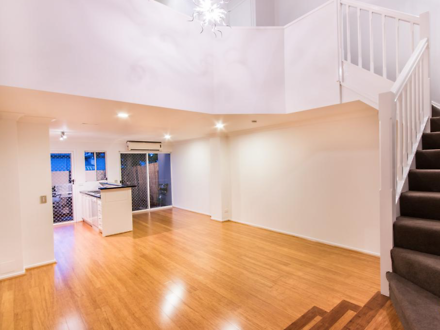 Townhouse - Clayfield 4011,...