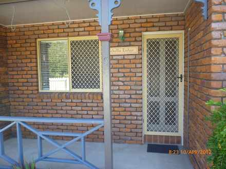 Unit - 5/107 Pennycuick Str...