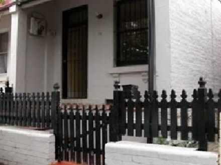House - 76 Silver Street, M...