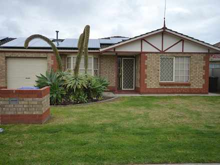 House - 5 Henley Place, Ful...