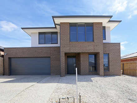 House - 10 Chablis Court, W...