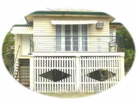 House - 75 Haynes Street, P...