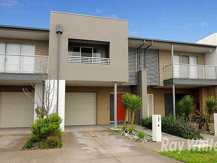 Townhouse - 11 Newcastle Dr...