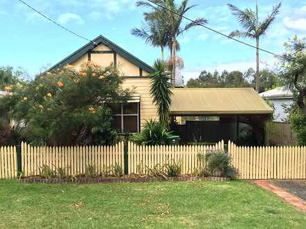 House - 32 Queens Avenue, C...