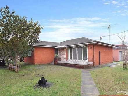 House - Corona Road, Fairfi...