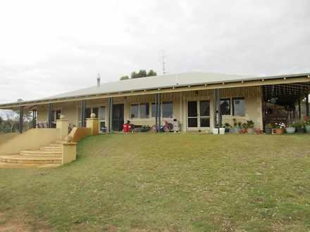 House - 2145 Top Beverley R...