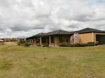 House - 1-3 Deloraine Court...