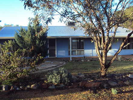 House - 34 Settlers Ridge, ...