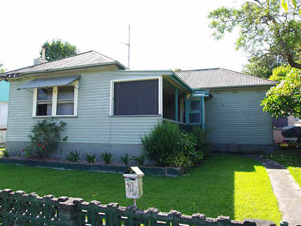 House - 40 Lachlan Road, Ca...