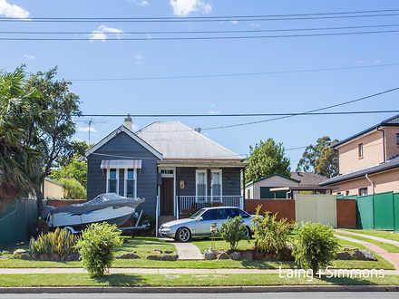 House - 26 Fairfield Road, ...