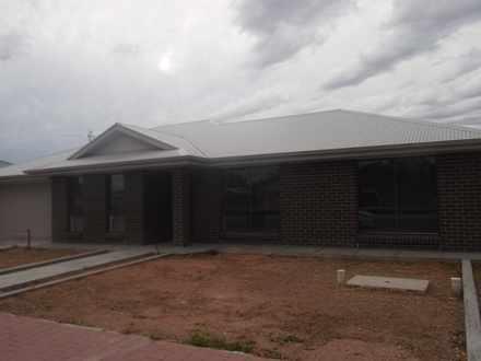 House - 114 Pyap Street, Re...