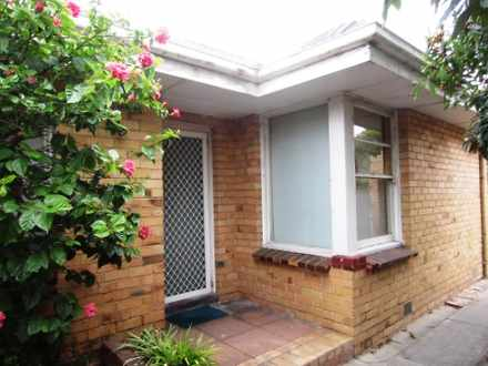 House - 550 Nepean Highway,...
