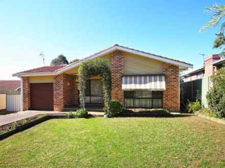 House - 4 Farrelly Place, B...