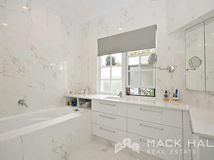 13995 bathroom2copy 1475548460 thumbnail