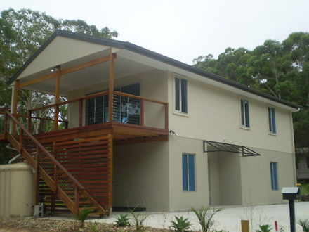 House - 41 Villa Wood Road,...