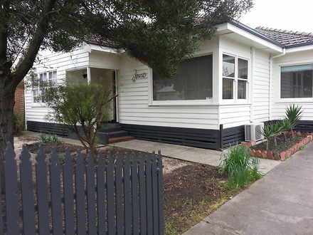 House - 4 Saffron Street, N...