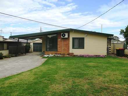 House - 227 Luxford Road, W...