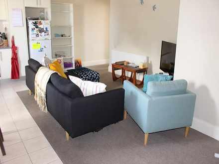 Apartment - 2REAR/827-829 H...