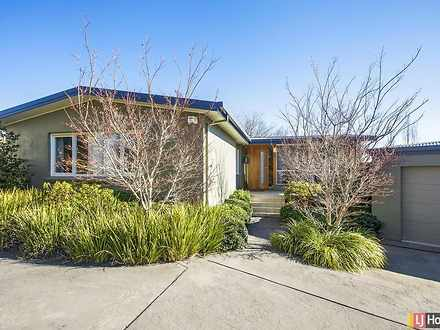 House - 16 Savige Place, Ca...