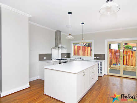 Townhouse - 3/5 Orr Drive, ...