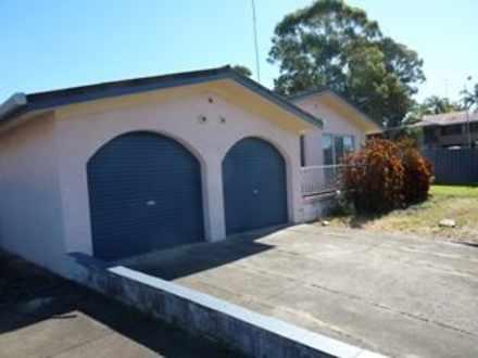 House - 2 Rumbalara Street,...