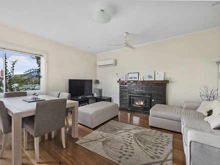 House - 86 Abbotsfield Road...