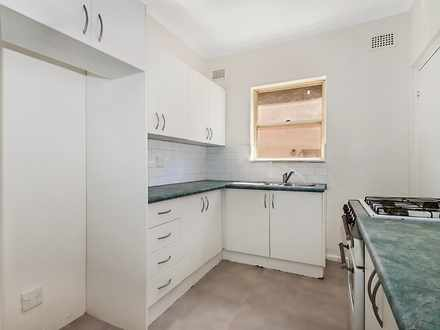 Apartment - 2/10 Rickard St...