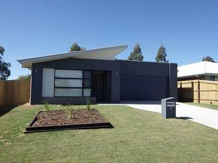 House - 7 Highview Close, R...