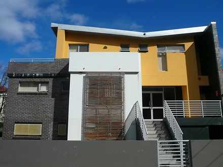 Studio - 94 Brighton Street...