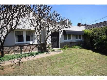 House - 33 Blanford Street,...