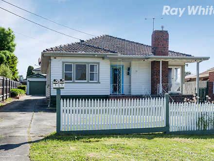 House - 1/18 Lambourn Road,...
