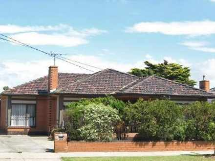 House - 437 Blackshaws Road...