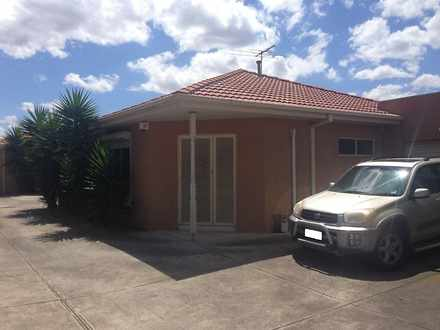 Unit - 2/13 Nariel Road, Ki...